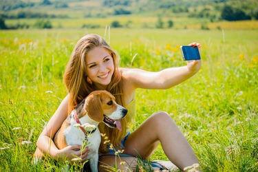 Selfie_with_pet.jpg